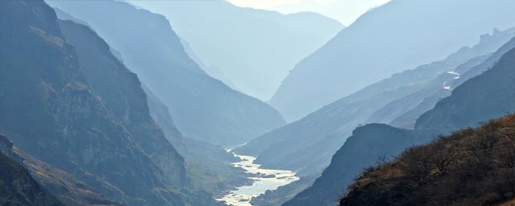 Trekking_Tiger_Leaping_Gorge
