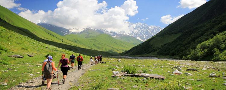 trekking_travel_fitness