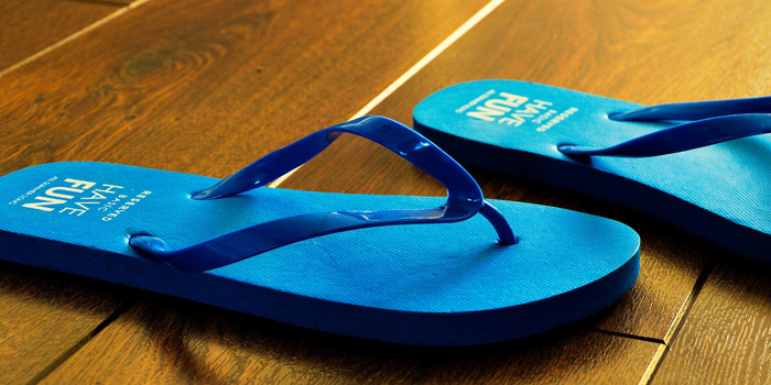yoga_travel_packing_list_flip_flops